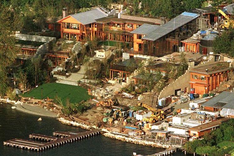 Bill Gates's house staticimgmyfirstclasslifecomwpcontentuploads