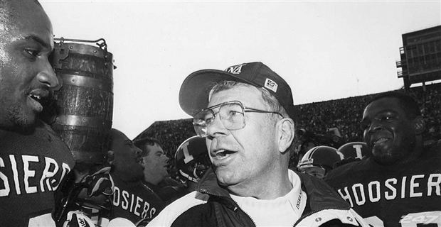 Bill Mallory Former coach Bill Mallory talks about memories of Purdue game