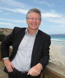 Bill Marmion Hon Bill Marmion BE MBA MLA New app puts mineral search at your