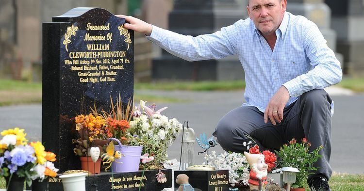 Bill Tarmey Coronation Street Bill Tarmeys son claims his dads ghost visited