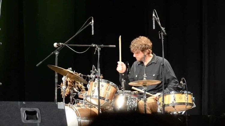 Billy Martin (percussionist) Medeski Martin Wood acoustic with Billy Martin drum solo YouTube