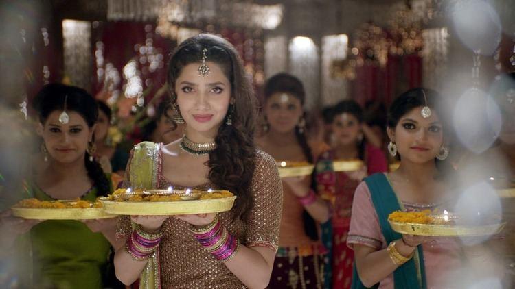 Bin Roye Review Is Mahira Khan the best thing about Bin Roye Pakistan
