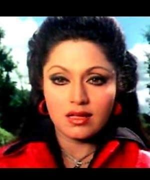 Bindu (actress) sim02incom25a295a88b17d0f8ccaab42af548ce4866mjpg