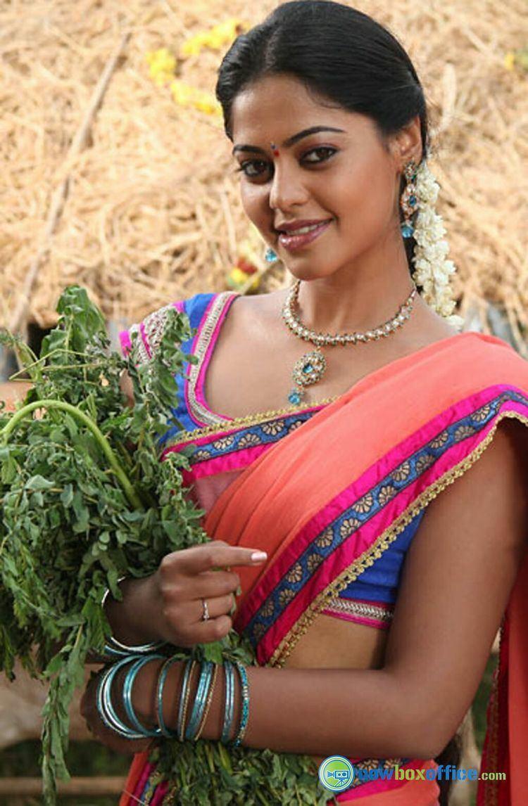 Bindu Madhavi Bindu Madhavi New Stills Bindu Madhavi in Desingu Raja 1