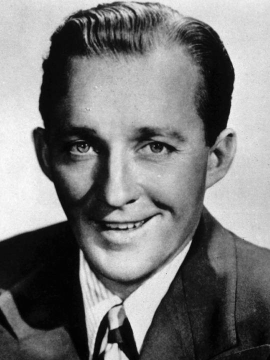 Bing Crosby Bing Crosby pictures Bing Crosby Photo 27121624 Fanpop