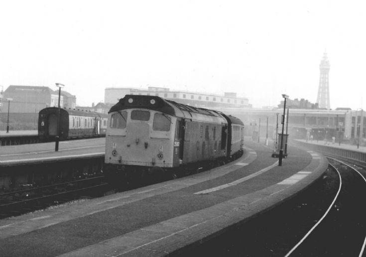 Blackpool Central railway station Train Photos 25060 at Blackpool Central Railway Station