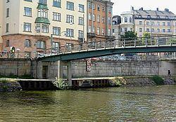 Blekholmsbron httpsuploadwikimediaorgwikipediacommonsthu