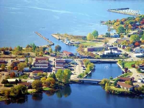 Blind River, Ontario httpssmediacacheak0pinimgcom736xcc827c