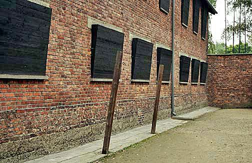 Block 10 Block 10 where Dr Mengele did his sadistic experiments at