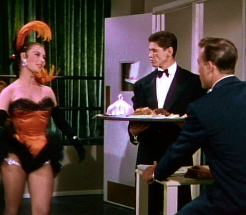 Bloodhounds of Broadway (1952 film) BLOODHOUNDS OF BROADWAY 1952 Le blog du West lOuest le vrai