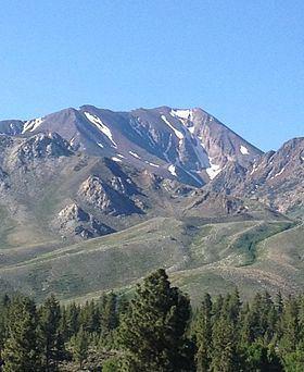 Bloody Mountain (California) httpsuploadwikimediaorgwikipediacommonsthu