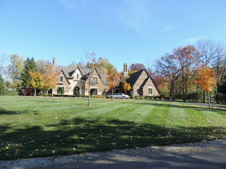 Bloomfield Hills, Michigan wwwmichiganrelocationguidescomsharedfs038003