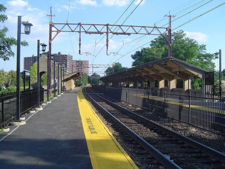 Bloomfield station