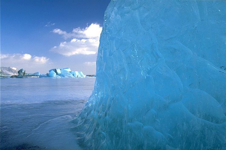 Blue ice (glacial)