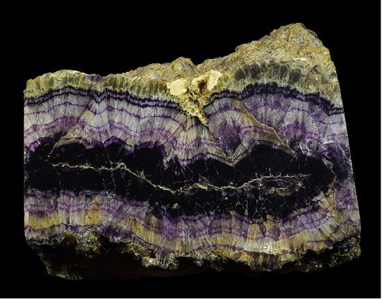 Blue John (mineral) wwwworldfossilscoukimagesbluejohnFeature3jpg