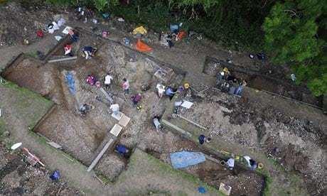 Bluestonehenge Second Stonehenge39 discovered near original Science The Guardian