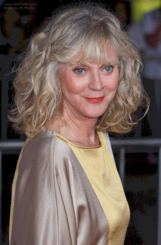 Blythe Danner Blythe Danner and her style that helps a mature woman to