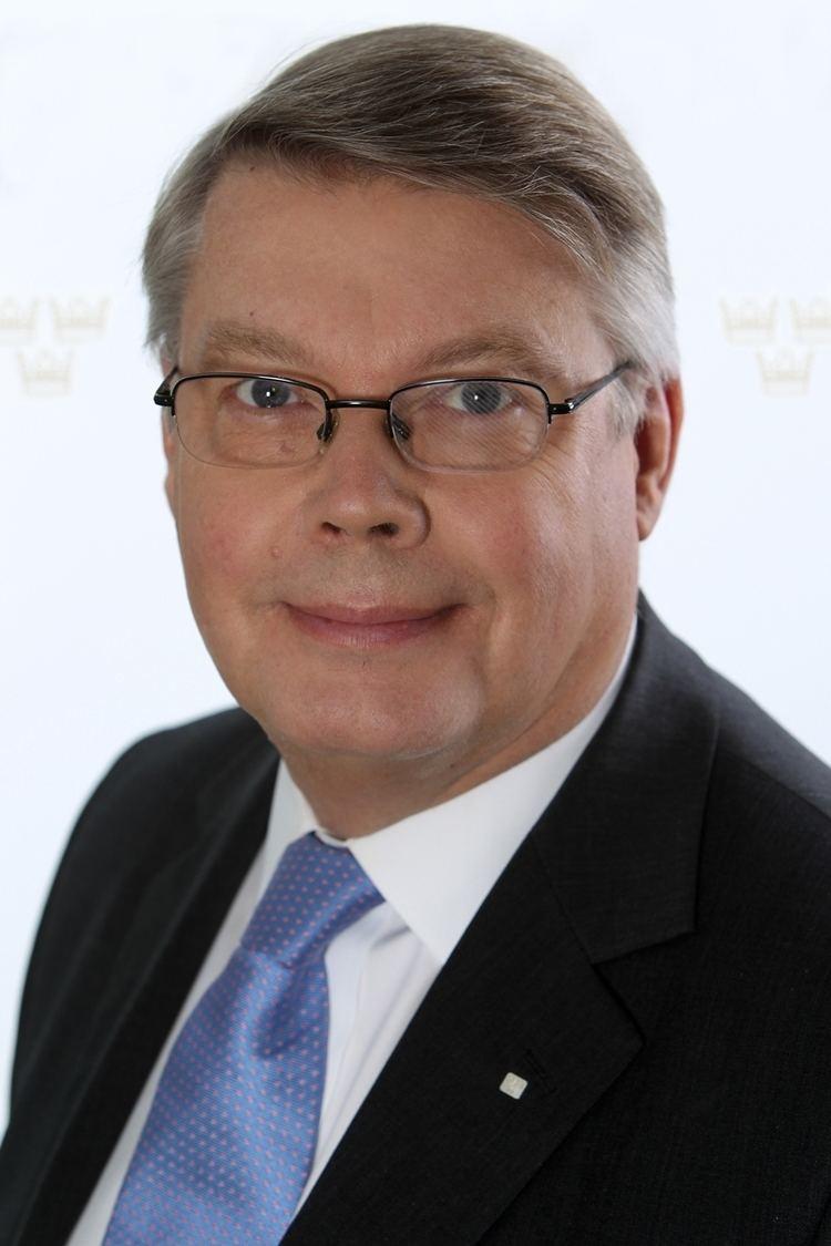 Bo Lundgren Bo Lundgren quits early as DG of Swedish National Debt