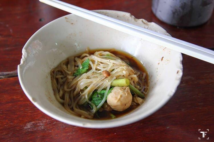 Boat noodles Travel Foodie FOOD 20150112 Pa Yak Boat Noodles Victory
