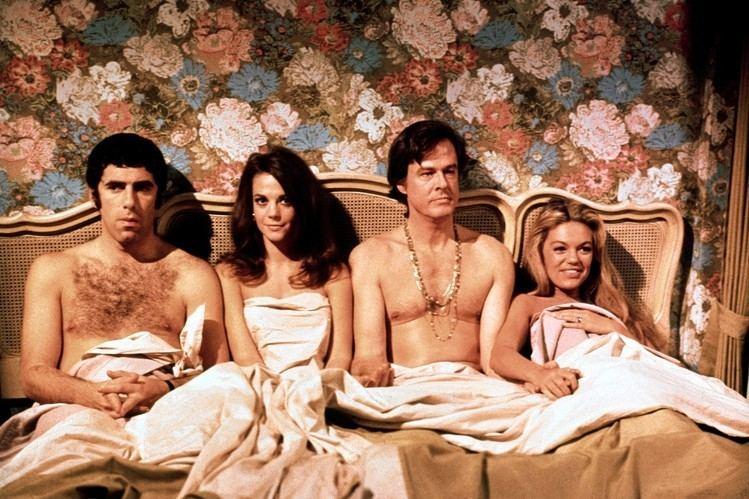 Bob %26 Carol %26 Ted %26 Alice movie scenes Elliott Gould Natalie Wood Robert Culp and Dyan Cannon in Bob Carol