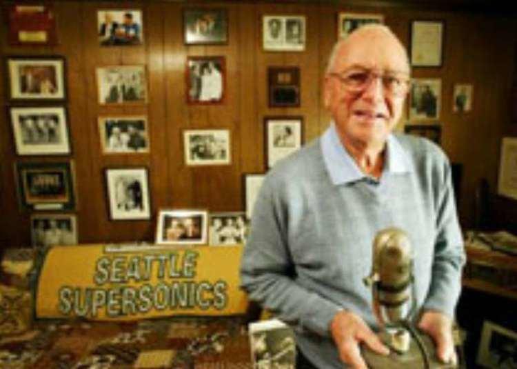 Bob Blackburn (announcer) ww4hdnuxcomphotos0164224763193920x920jpg