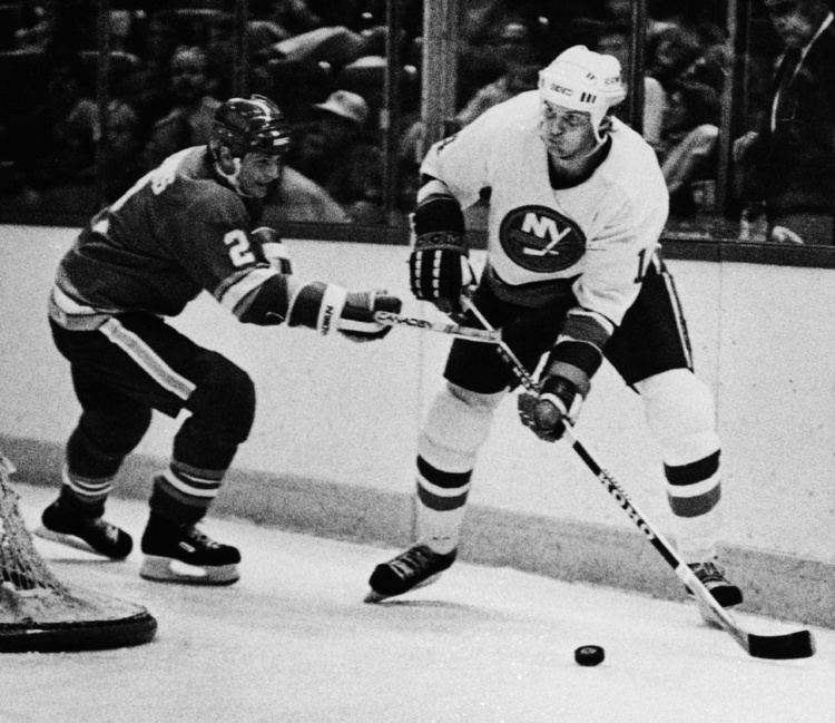 Bob Bourne Islanders legend Bob Bourne joins concussion lawsuit