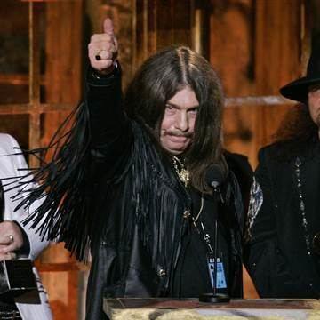 Bob Burns (drummer) Lynyrd Skynyrd Founding Member Bob Burns Dies in Georgia