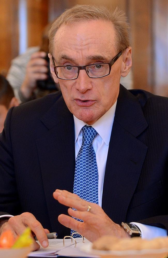 Bob Carr Bob Carr39s Diary of a Foreign Minister dubbed 39Bridget