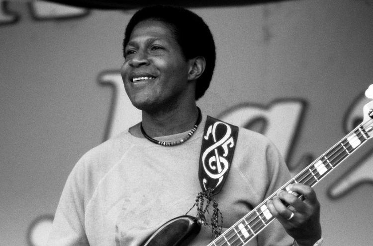 Bob Cranshaw Bob Cranshaw Jazz Bassist Dies at 83 Billboard