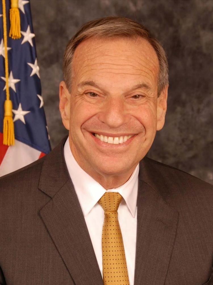 Bob Filner httpsuploadwikimediaorgwikipediacommonscc