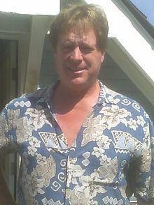 Bob Forward httpsuploadwikimediaorgwikipediacommonsthu