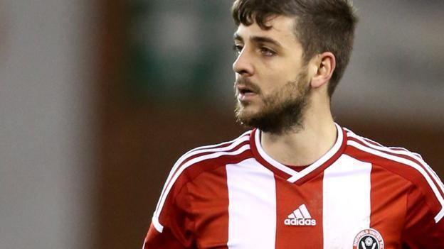 Bob Harris (footballer) Bob Harris Fleetwood Town sign Sheffield United leftback on loan