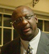 Bob Lanier (basketball) httpsuploadwikimediaorgwikipediacommonsthu