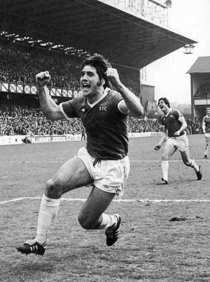 Bob Latchford Bob Latchford joins Everton FC 40 years on Liverpool Echo