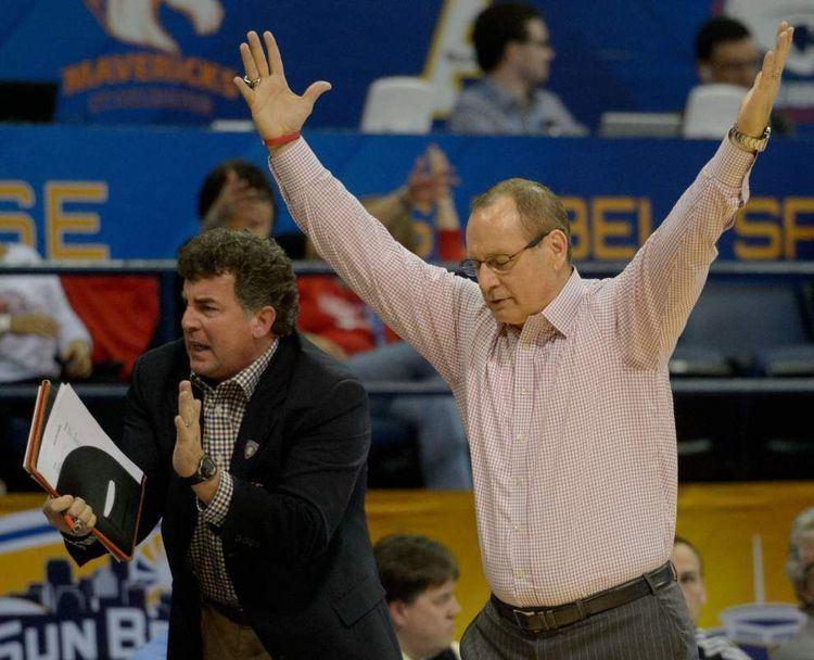 Bob Marlin Cajuns basketball coach Bob Marlin signs new fiveyear contract UL