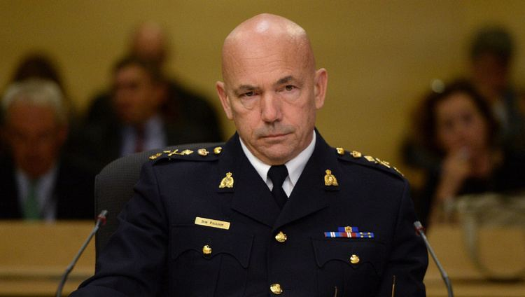 Bob Paulson RCMP chief says he was told Mountie suing force was