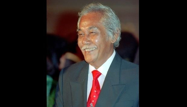 Bob Sadino Indonesian Senior Businessman Bob Sadino Has Passed Away Economy