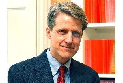 Bob Schiller Nobel Laureate Robert J Shiller Is Economics a Science
