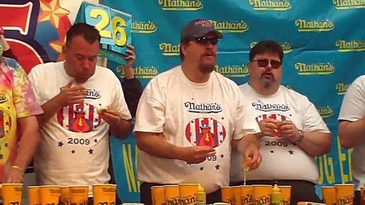 Bob Shoudt Humble Bob Shoudt eats 38 hotdogs at Nathans hotdog eating contest