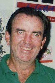 Bob Simpson (cricketer) httpsuploadwikimediaorgwikipediacommonsthu