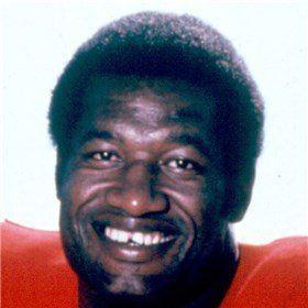 Bobby Bell wwwprofootballhofcomassets126DimRelatedBell