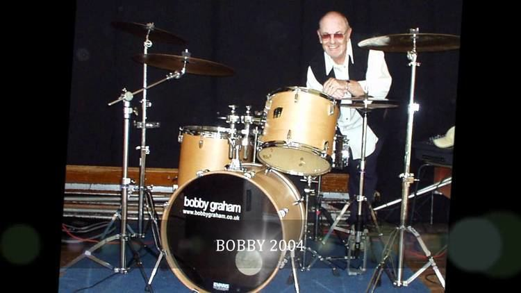 Bobby Graham (musician) ray davies talks about bobby graham and the kinks YouTube