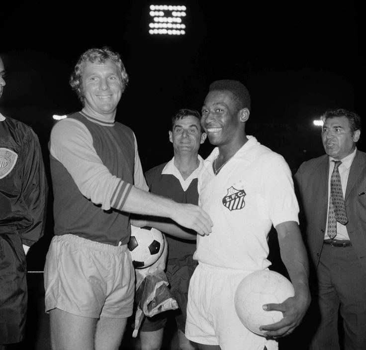 Bobby Moore (outfielder) Best 25 Bobby moore ideas on Pinterest Racism in sport Team