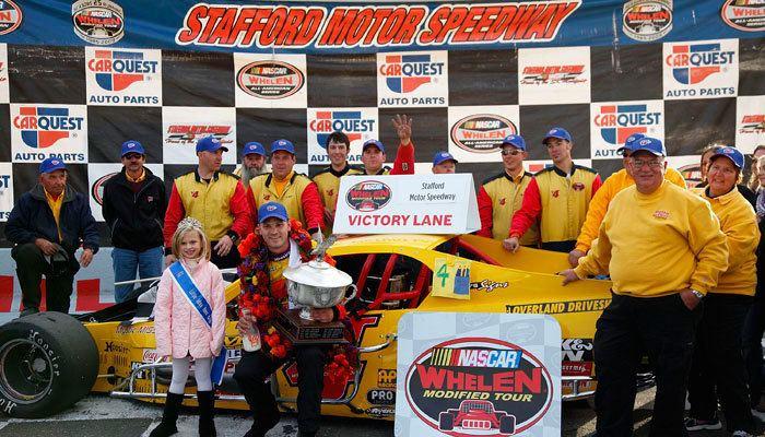 Bobby Santos III KNs Bobby Santos III Wins His First NASCAR Whelen Modified Tour