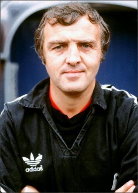 Bobby Saxton Bobby Saxton Manager of Blackburn Rovers from 198186 1980s