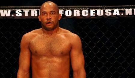Bobby Southworth Renato Sobral MMA on Tap