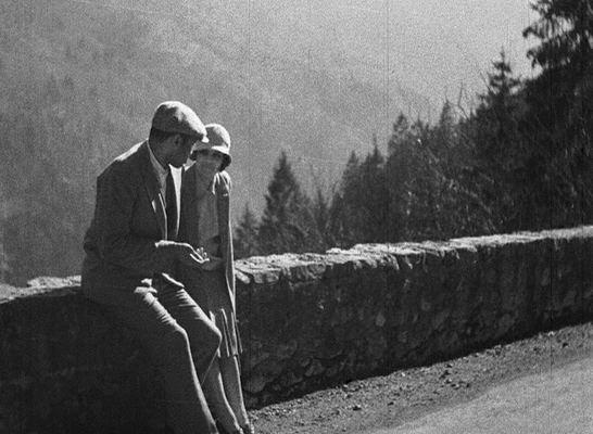 Borderline (1930 film) VERTIGO Crossing the Borderline