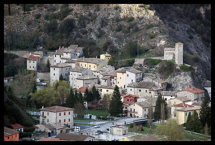 Borgo Cerreto i1trekearthcomphotos45913borgocerretojpg