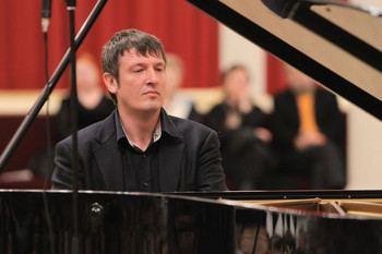 Boris Berezovsky (pianist) Piano recital Boris Berezovsky Medtner Liszt Concert