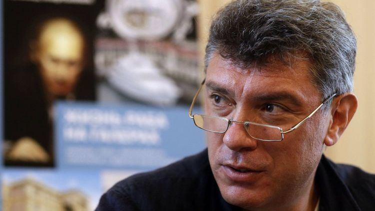 Boris Nemtsov Opposition figure shot dead in Moscow steps from Kremlin